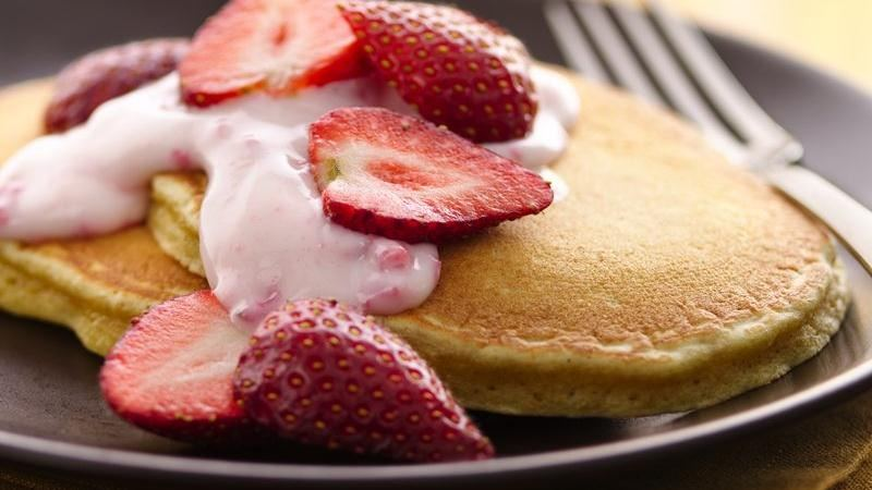 pancake allo yogurt e fragole
