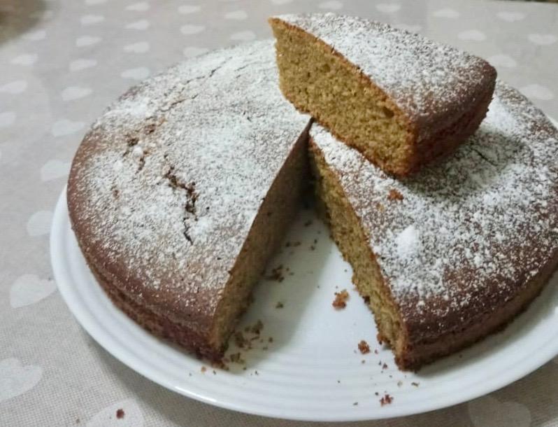 una fetta di torta al grano saraceno